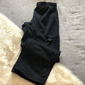 Nike therma-fit black sweatpants sz.M